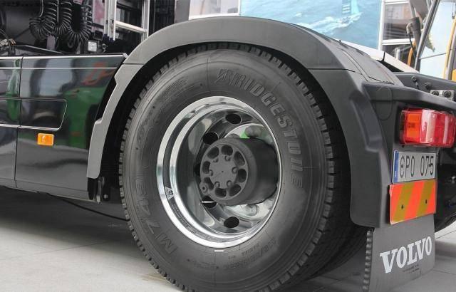 轿车轮胎质量排行榜_原创全球轮胎质量榜单,其中马牌无缘前三,第一是它