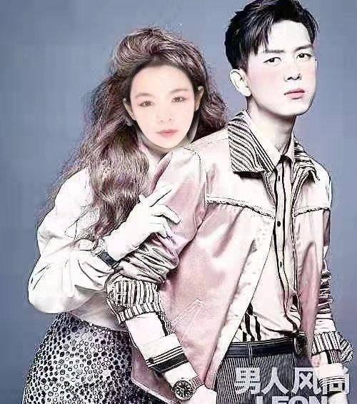 号外!偶像派明星李现与内蒙古歌手王陆芳在武汉拍摄写真甜蜜牵手