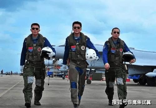 为什么飞行员几乎全是军官,而没有士兵?