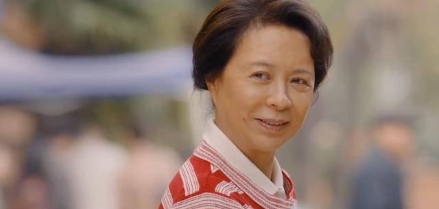 《你好李焕英》破51亿祝贺海报,厂长和主任坐镇,大搞特搞!