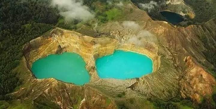 位于火山口上的神奇湖泊,一年四季变幻6次颜色,如此神奇的存在