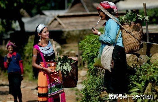 在云南,中国最后一个原始部落,村民过着与世隔绝的生活
