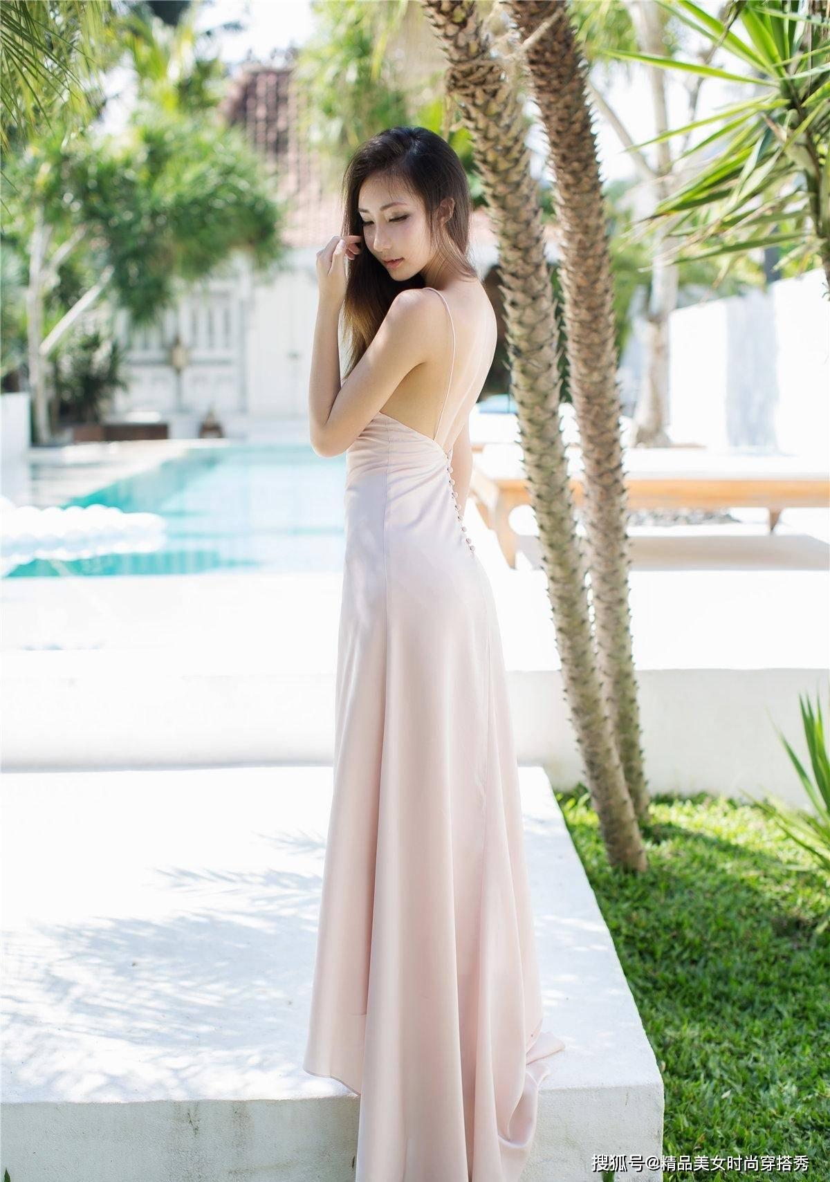 素雅的吊带裙,复古的旗袍裙,不同风格的连衣裙,你更喜欢哪一种