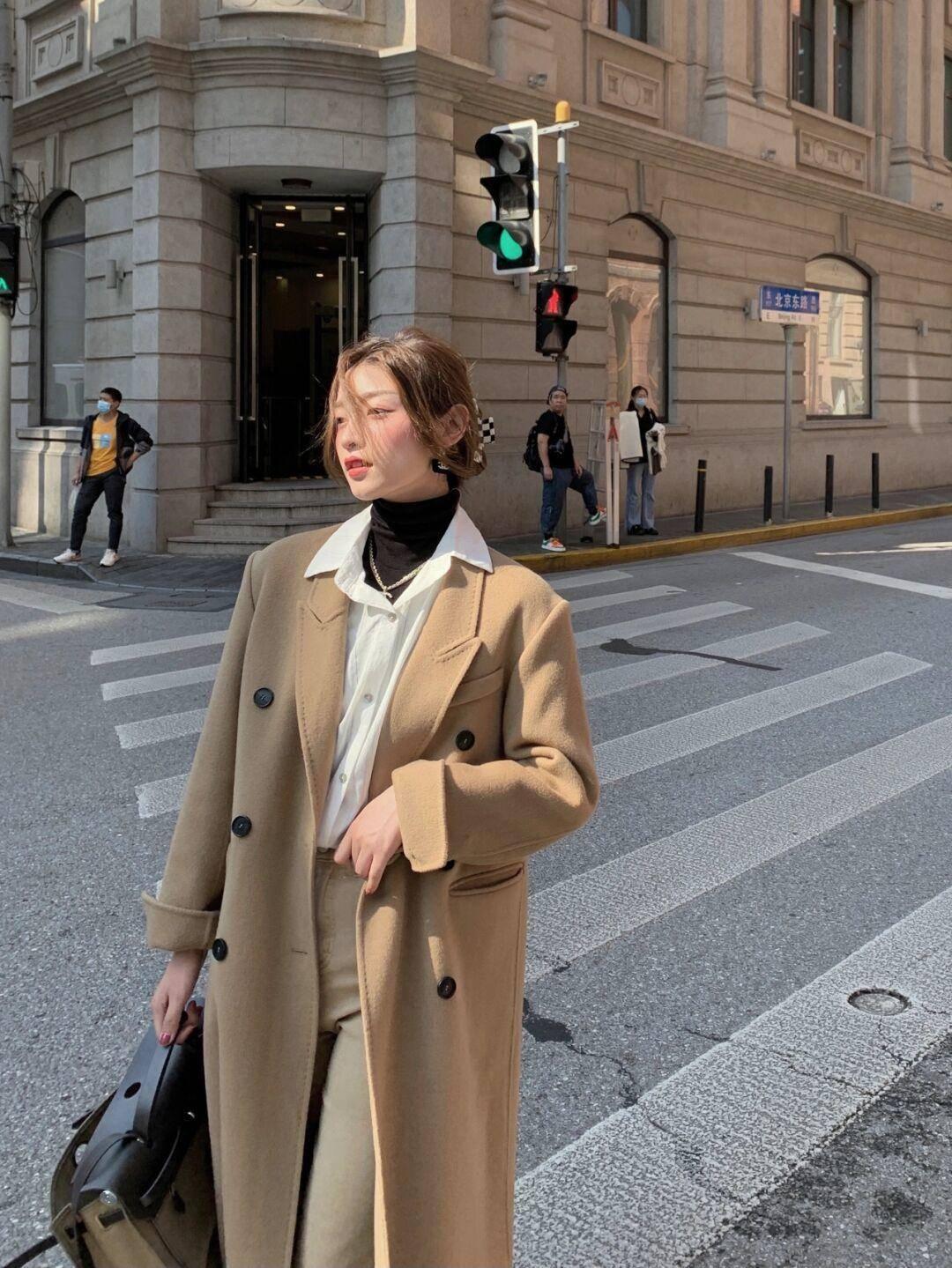 毛呢外套不能乱穿,这几个搭配思路值得借鉴,远离拖沓,高级精致