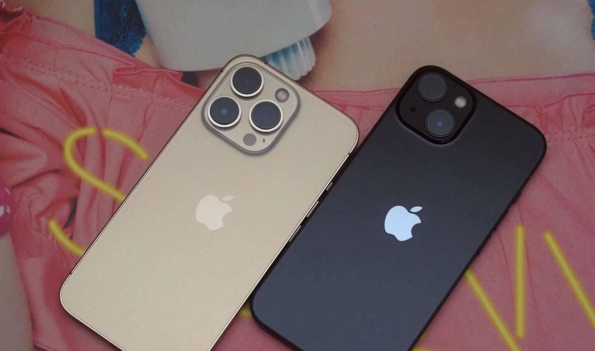尺寸相同的苹果iPhone 13、13 Pro开箱!如何选择入手?一文看清