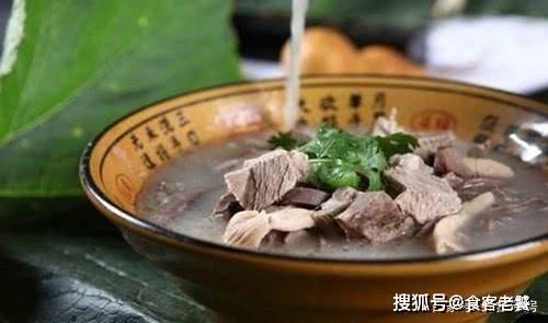 """为何在北方被视为极致美味的""""爆款""""羊肉汤,在南方却是""""冷门"""""""