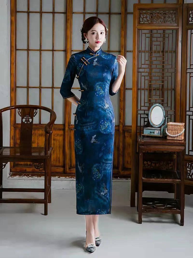 女人梦见自己穿旗袍 梦见穿新旗袍很漂亮
