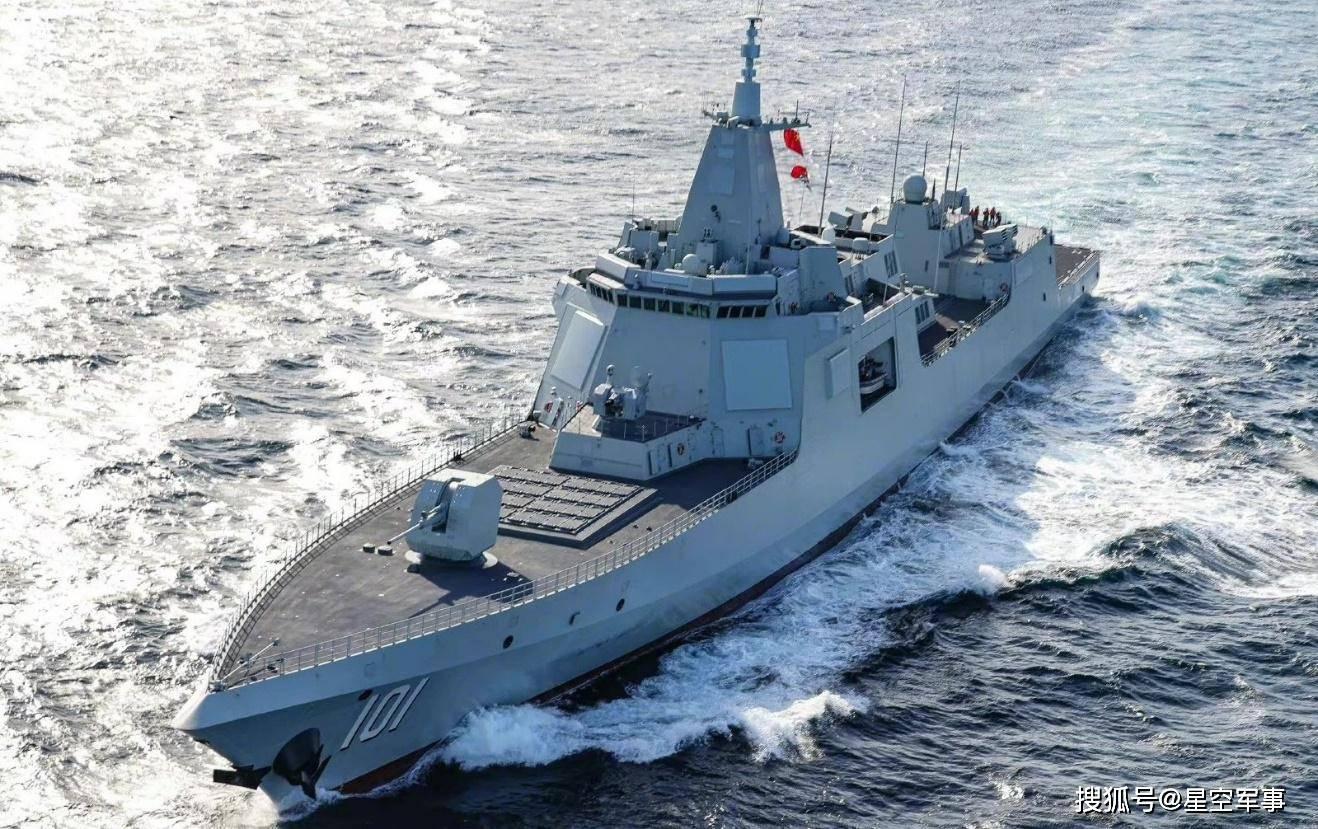 """海军首款远程防空舰,号称""""中华神盾""""的052C,为何只建造6艘?"""