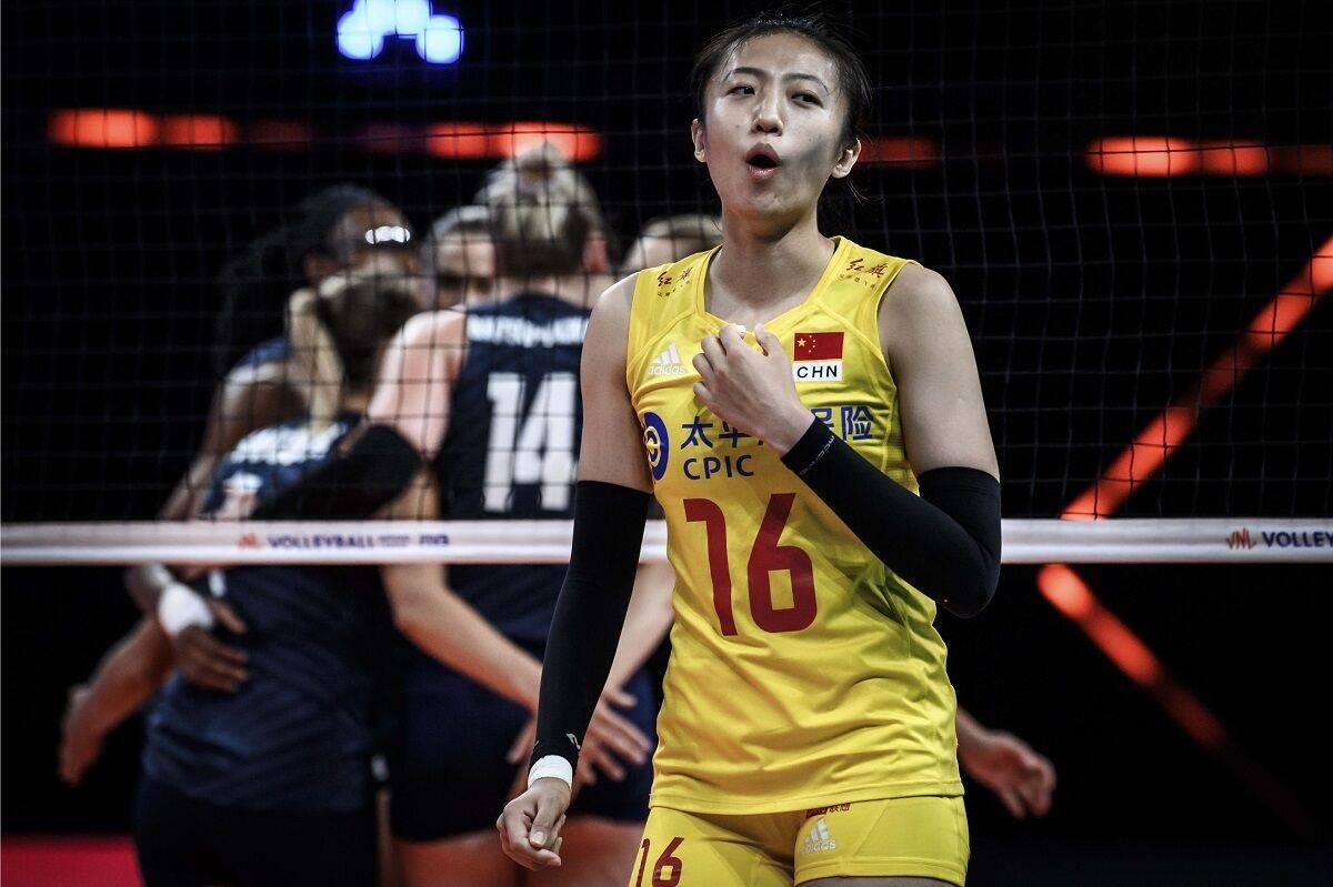 世联赛中国女排3-0吊打领头羊 朱婷16分终结美国14连胜