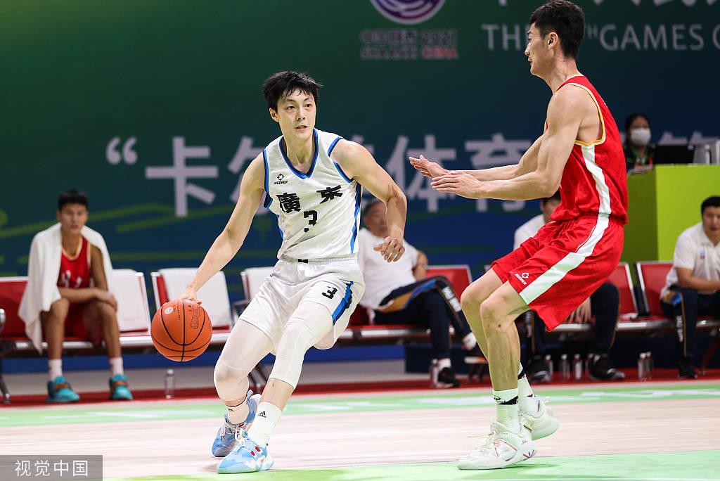 汤杰砍35分徐杰17+8 广东29分大胜湖北晋级决赛