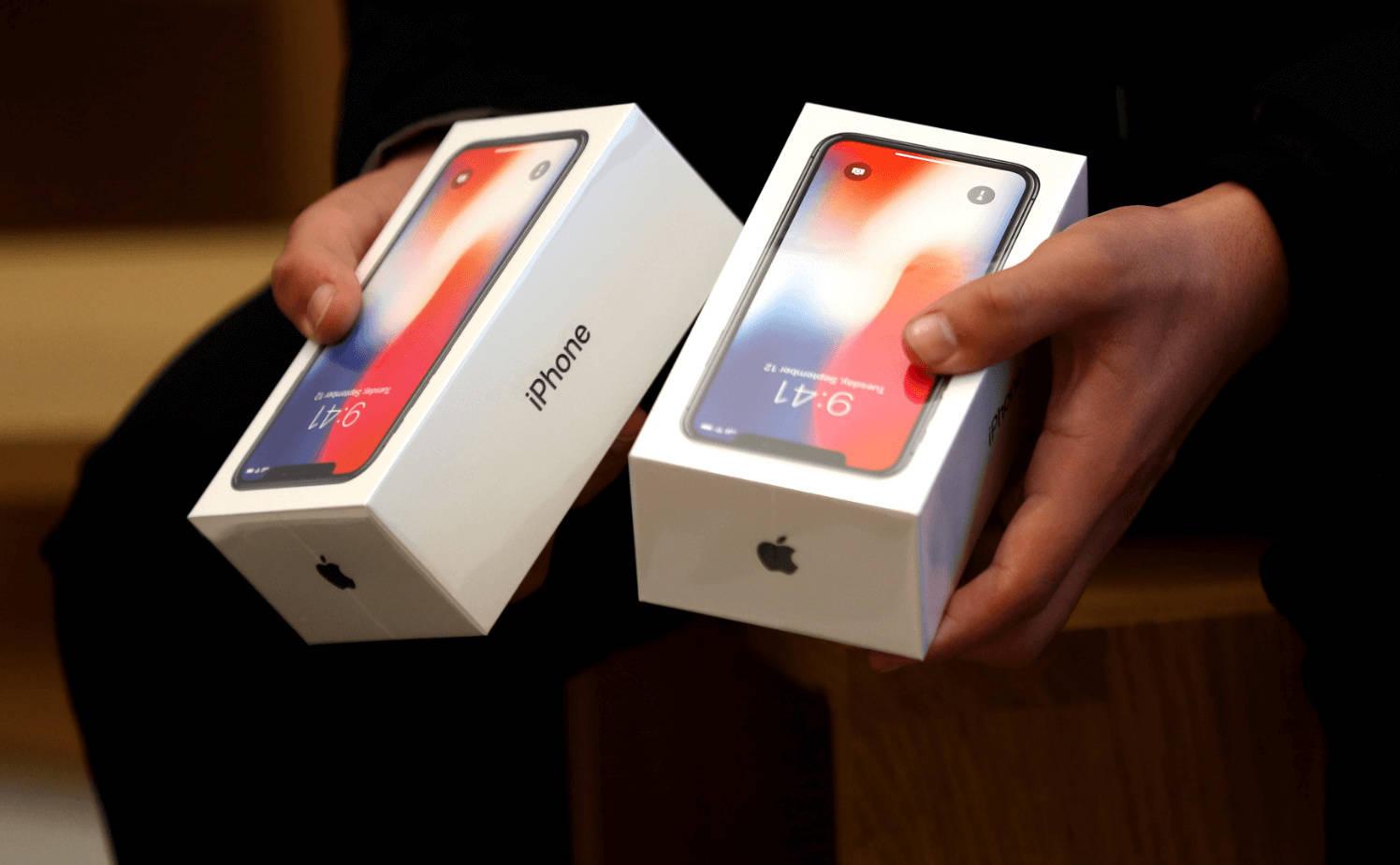 去年最保值的手机依旧是 iPhone,但第二代 SE 贬值率远超平均水平