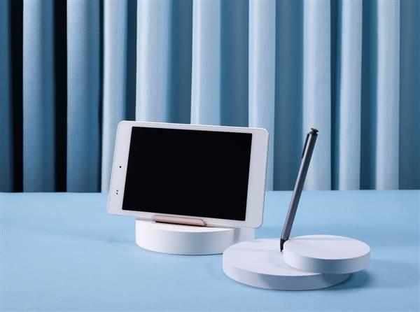 科大讯飞智能学习机Q10新品发布:售价2499元、首发100抵200