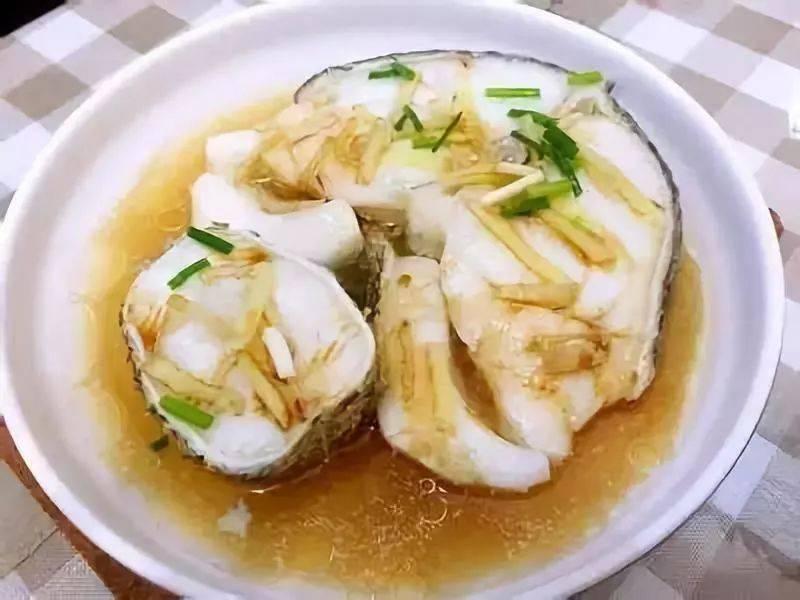 宝宝增强抵抗力的辅食:清蒸鳕鱼