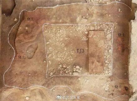盘龙城遗址发现约3万平方米铺石遗存