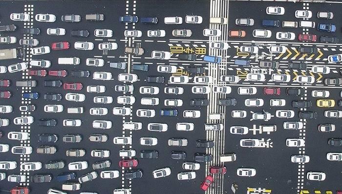 直通部委|交通部:春节小客车免收高速通行费 生态环境部:尽量不放或少放烟花爆竹