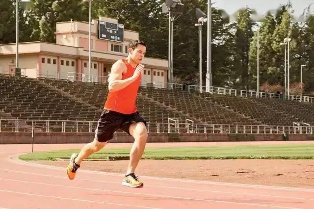 """跑圈最反感的""""垃圾跑量"""",其实有优点?_训练"""