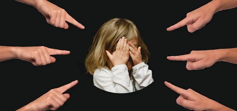 孩子输不起爱哭闹?收下这份假期亲子游戏,培养宝贝抗挫力!(内附视频)
