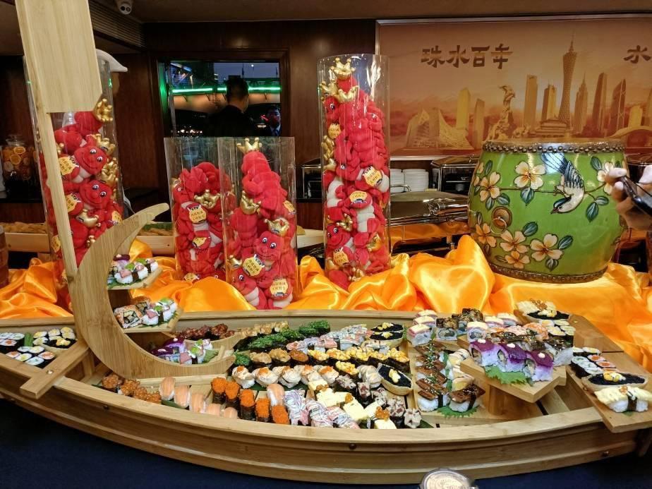 一边游珠江一边饕餮世界美食,吃货们:真香!