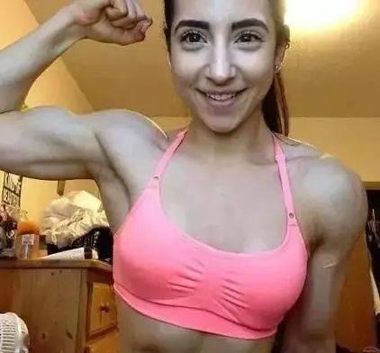 """""""唯有读书和健身不可抛弃"""",看看健身的女孩儿魅力在哪里?"""
