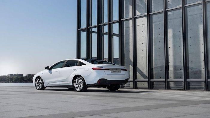 """新能源车占比90%计划落空,""""蓝色吉利""""换道出发?"""