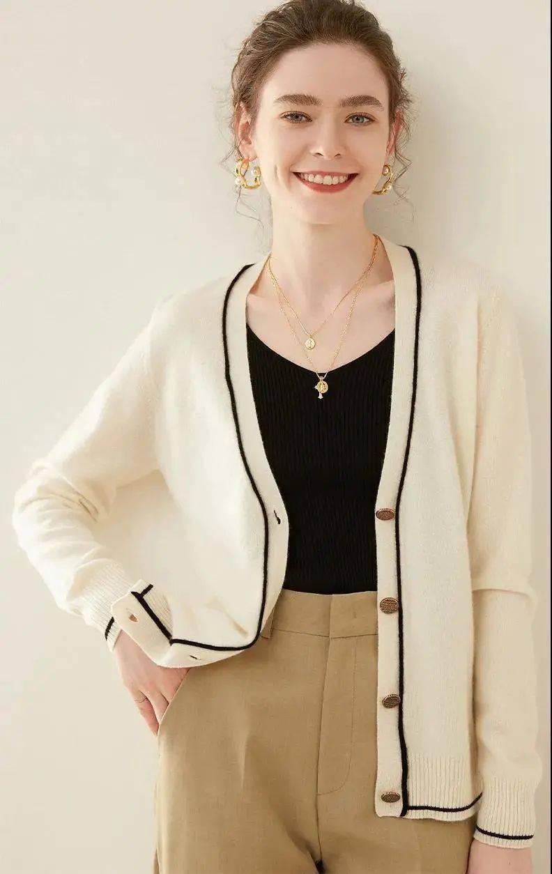 日剧女主太会穿!1件能搭100套,显瘦又高级,这件开衫美到词穷!