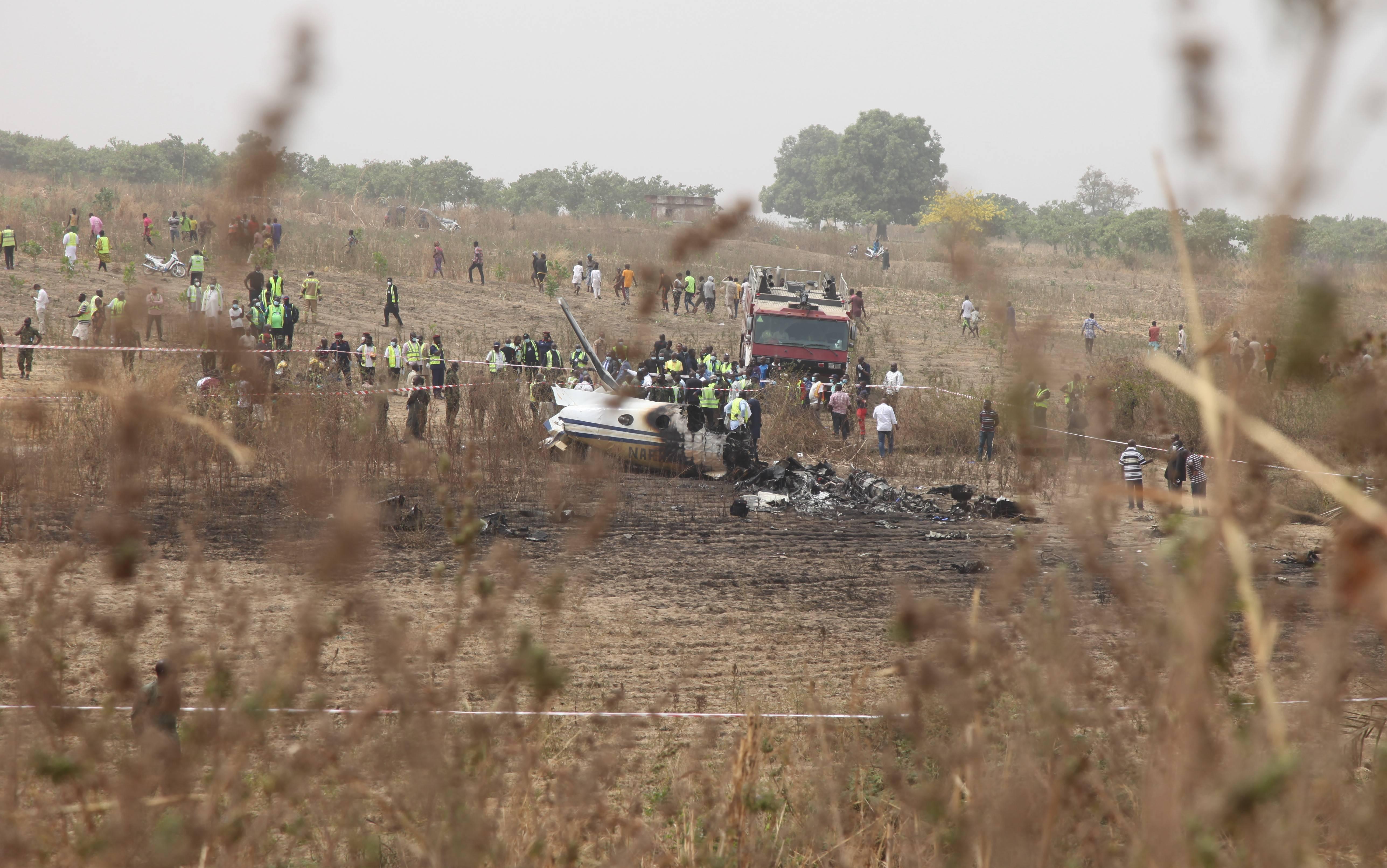 尼日利亚一军机坠毁致7人死亡
