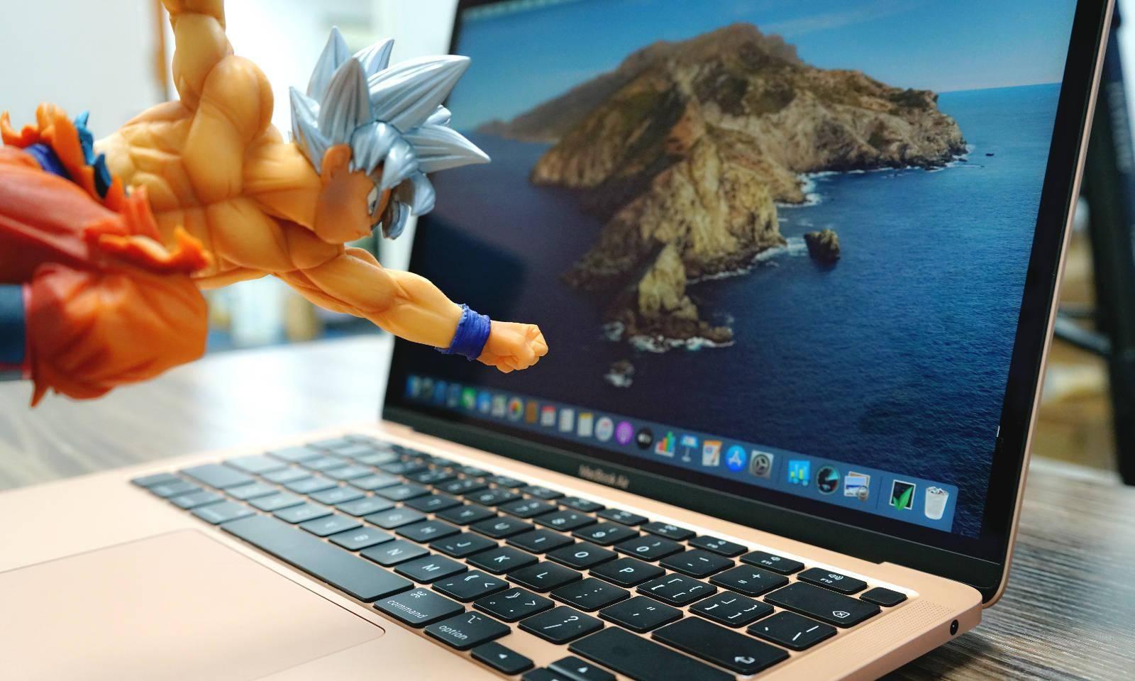 终于去掉大黑边了?苹果多款Mac产品曝光:屏占比大幅提升