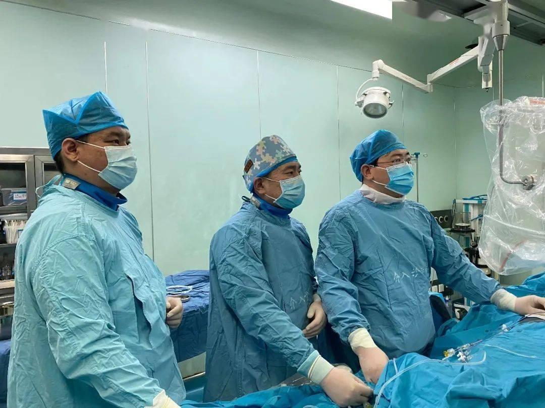上海蓝十字脑科医院成功应用血浆置换治疗神经免疫性疾病