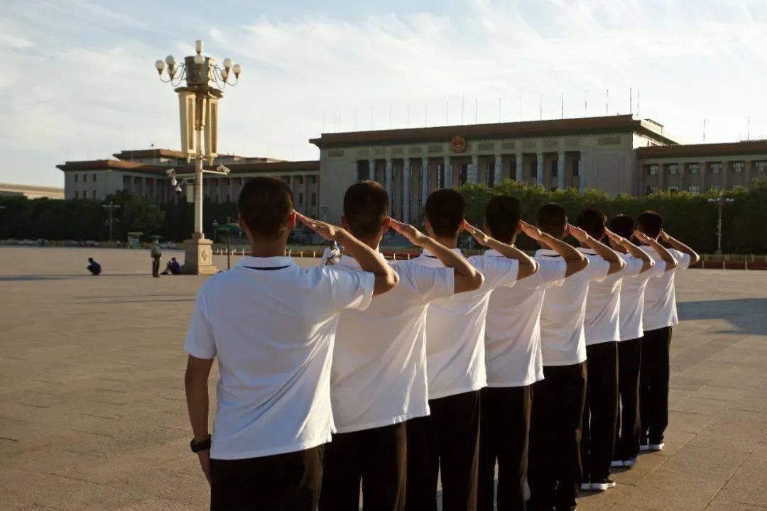 """中国退役军人丨""""旗志""""团队:退役人生的仪仗情怀"""