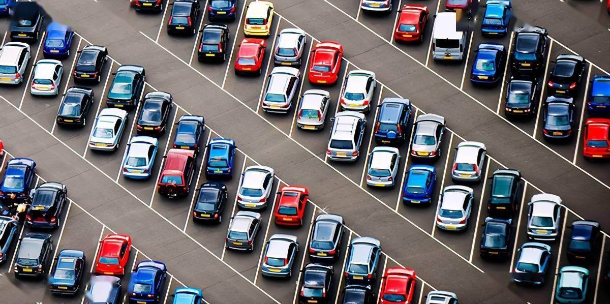 注意停车!当这四个地方停下来的时候,车辆可能就损坏了,老司机也知道