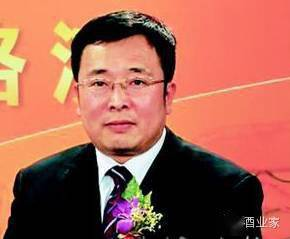 [葡萄酒行业的历史...]百润股份董事长刘晓东,个人价值85.79亿,48岁