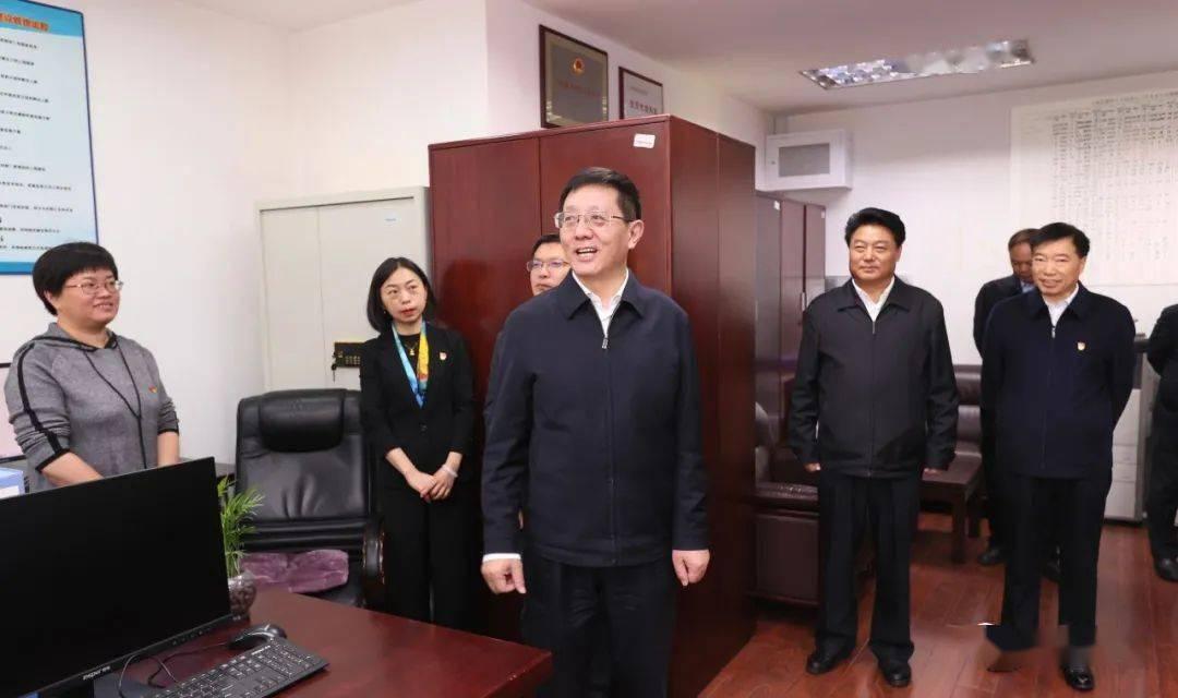 王予波在省水利厅调研时强调:下决心抗旱灾治水患兴水利