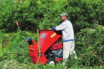 现代农机 让果园管理更轻松