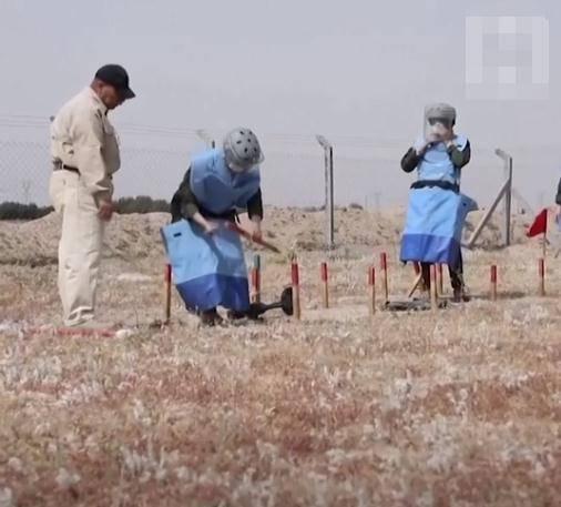 """盛图注册40天培训后,伊拉克首支全女性排雷队""""武装""""上岗(图3)"""