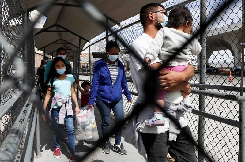 图集|人满为患:美墨边境非法移民儿童的游离生活