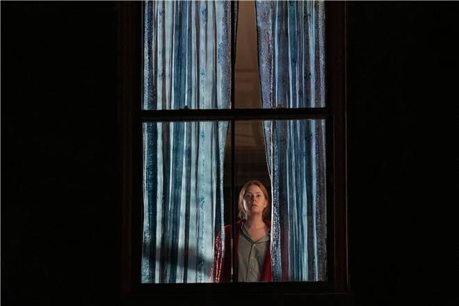 [电影资讯]《窗里的女人》发布预告 豪华阵容演绎悬疑惊悚