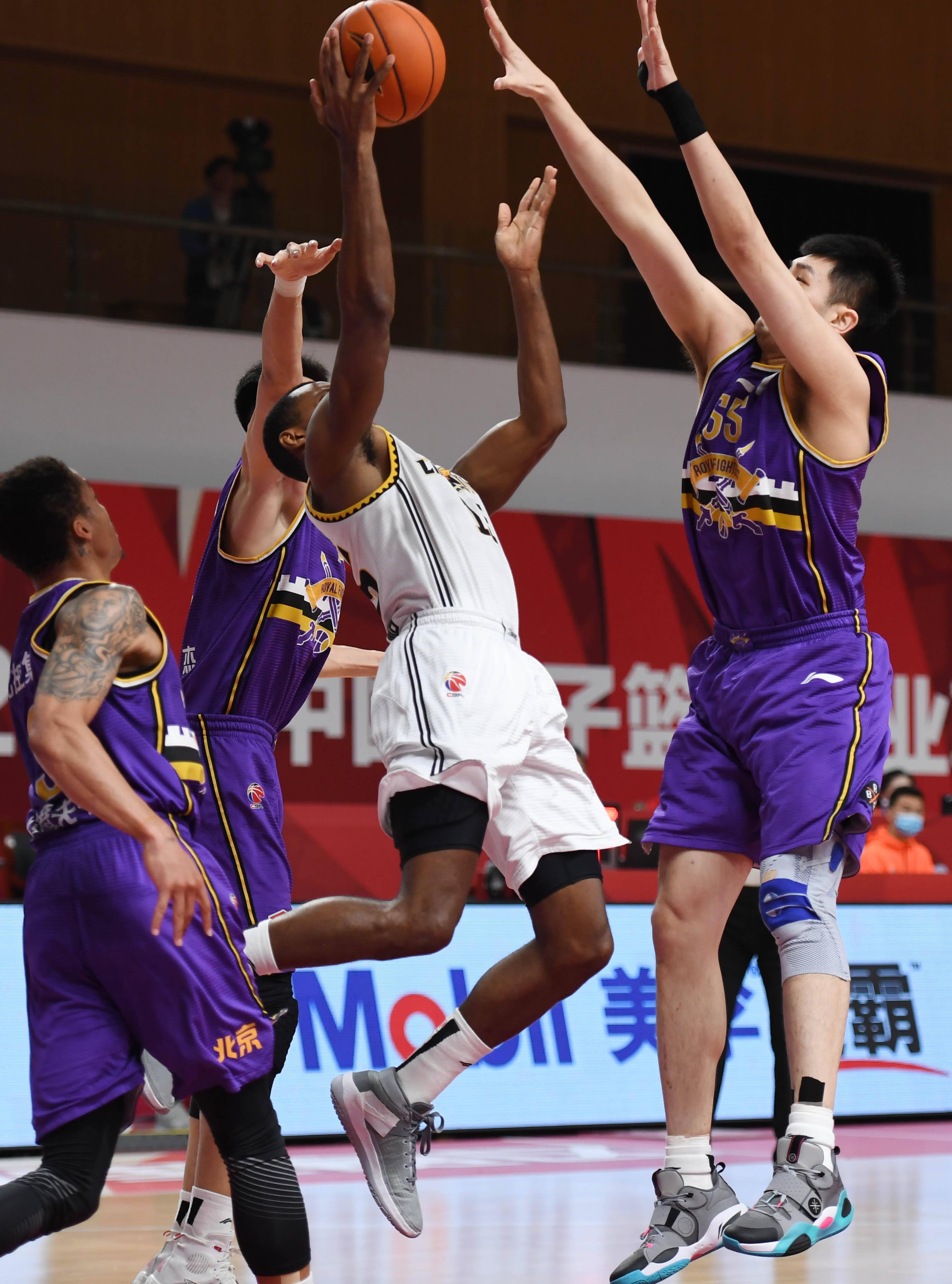 篮球——CBA第四阶段:辽宁本钢对阵北京紫禁勇士