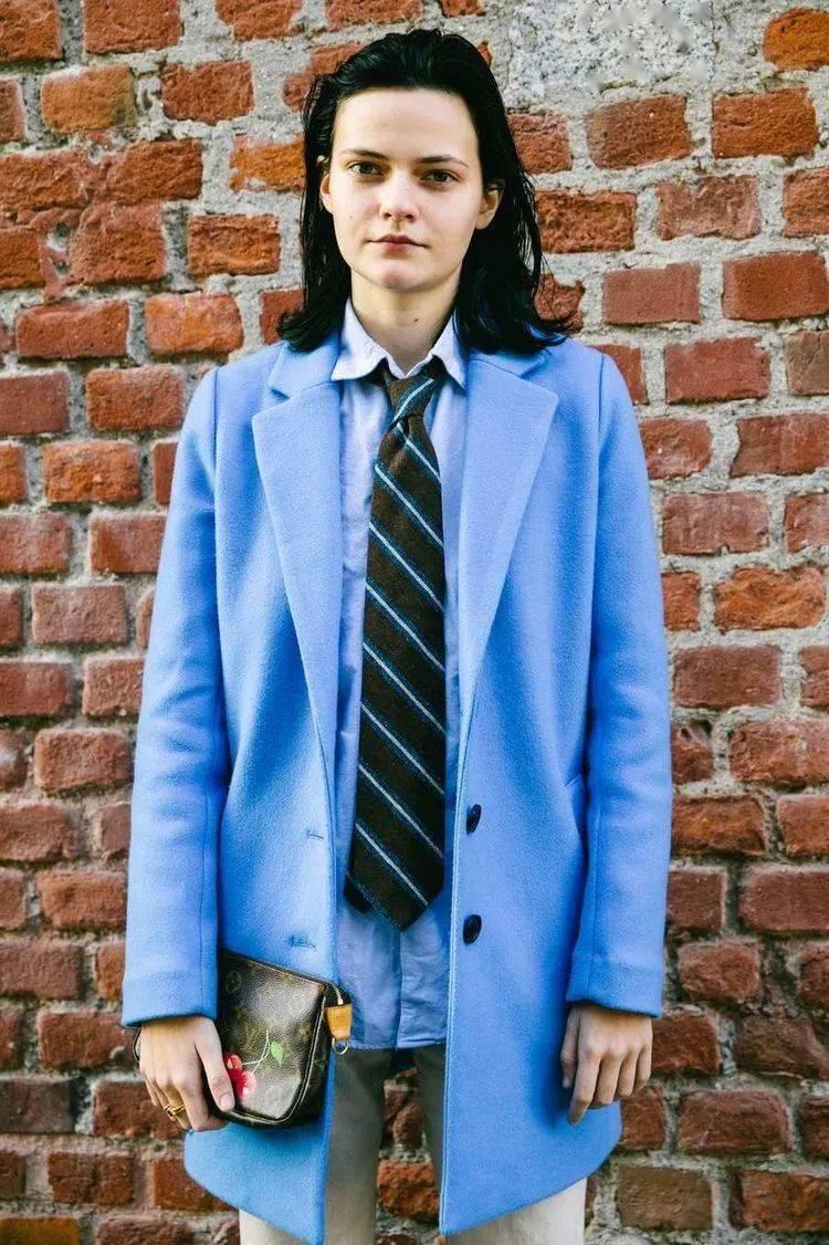 女生打領帶,那才叫大寫的帥!