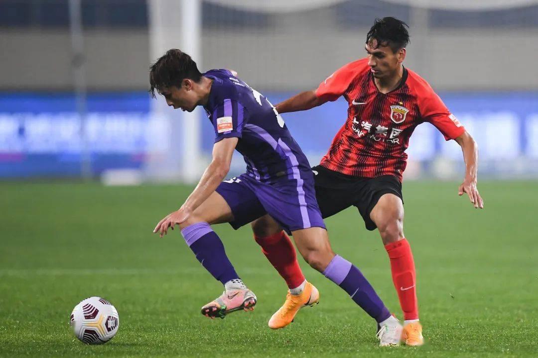 """申花海港""""霸榜""""中超 新赛季肯定是上海球迷最幸福了吧!"""