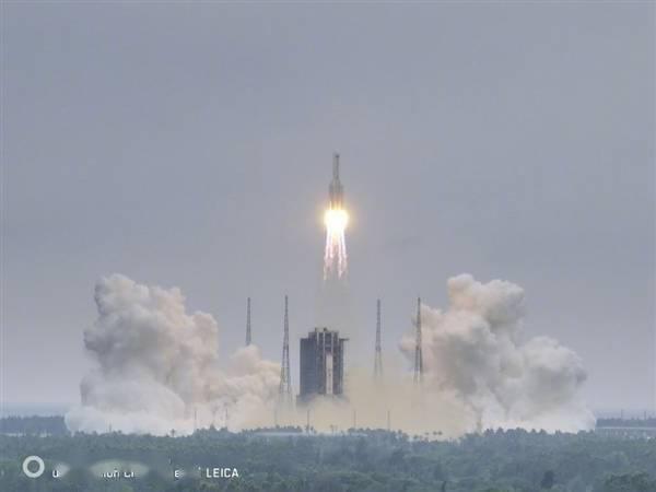 空间站天和核心舱发射成功!华为Mate 40 Pro记录下精彩一幕