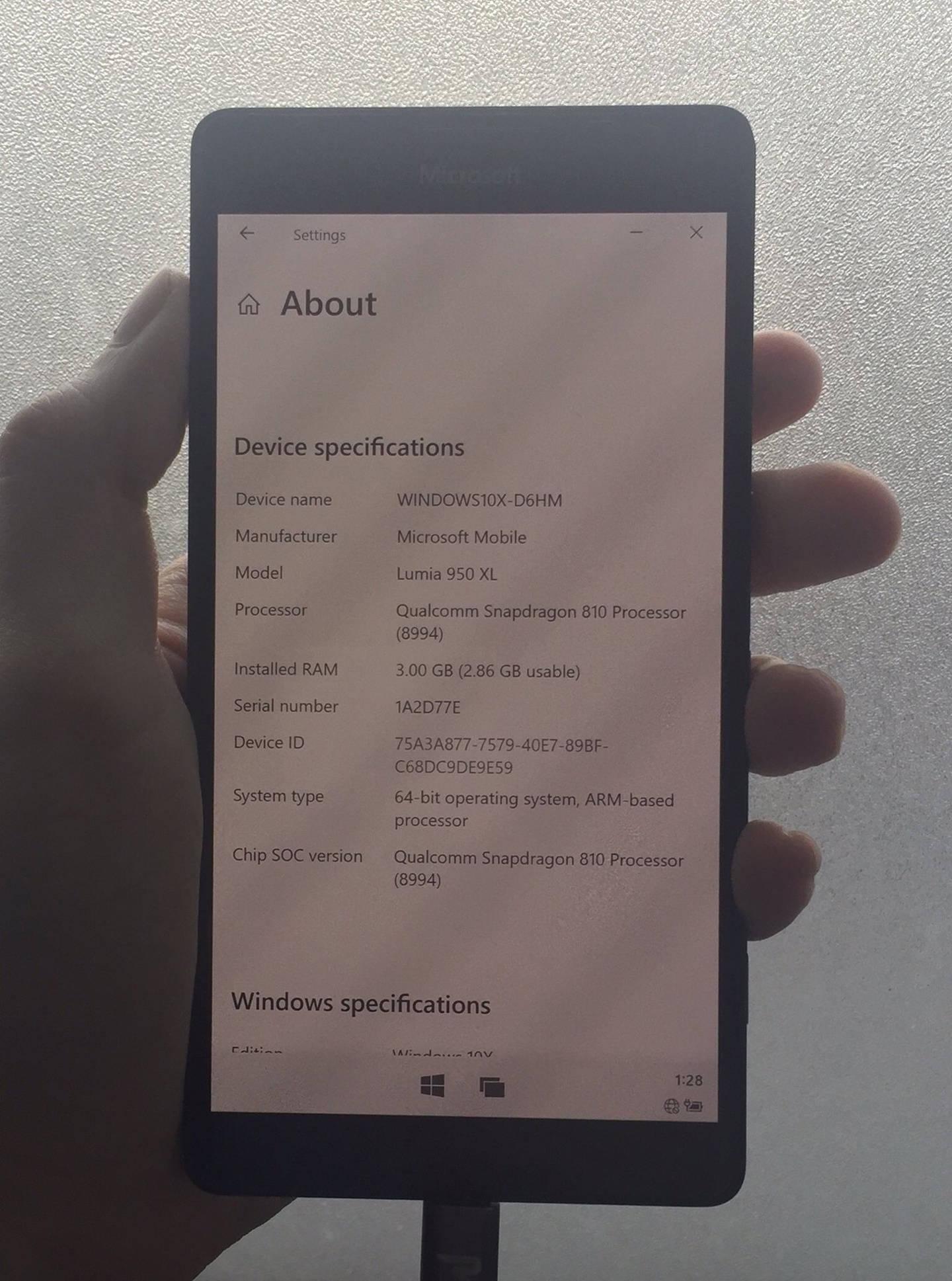 开发者更新 Lumia 950/XL 的 Win10 ARM 镜像 称之为最稳定版本