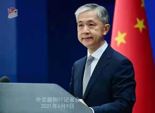 美官员称全球强烈反对中国政策 汪文斌:这个说法用来形容美国最恰当