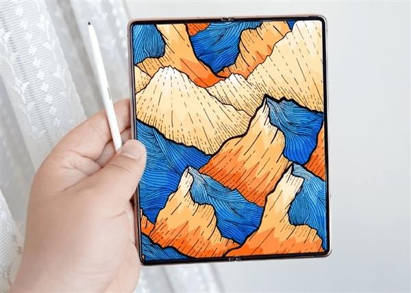 爆料丨三星 Galaxy Z Fold 3 / Flip 3 螢幕尺寸曝光,外屏增大