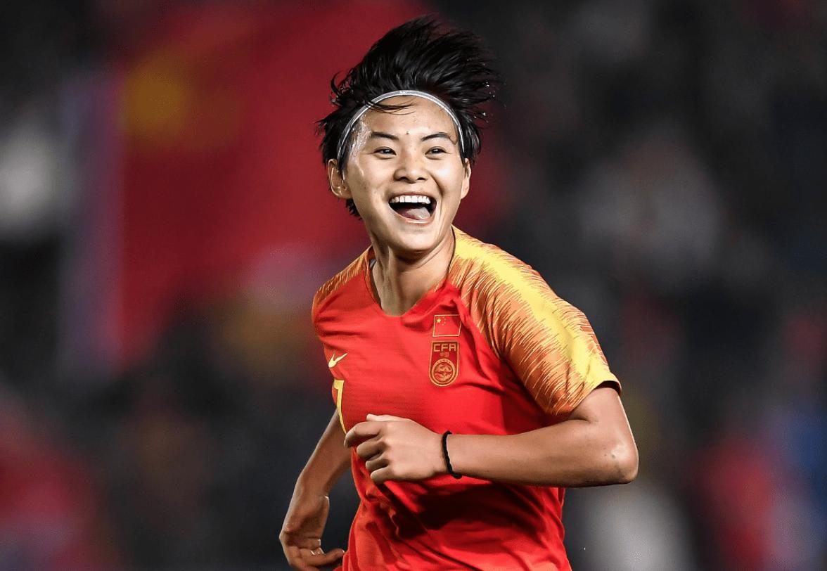 女足的希望!曝王霜即将开启二次留洋之旅 曼城或成为其下一站_2022世界杯