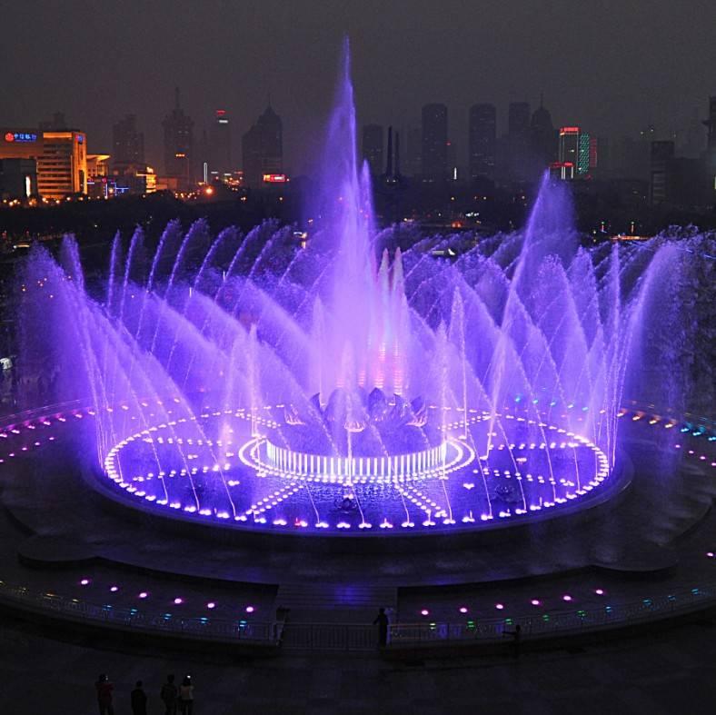 请注意!泉城广场音乐喷泉暂停喷放