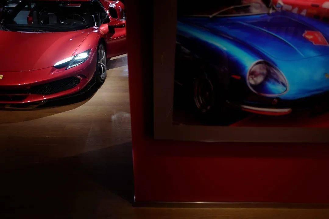 法拉利296 GTB——开启全新V6时代   CAR REVIEWS