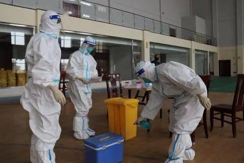记者在一线丨直击巴彦浩特镇区第四轮全员核酸检测